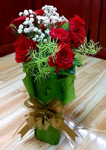 24 Roses Delivery Mauritius